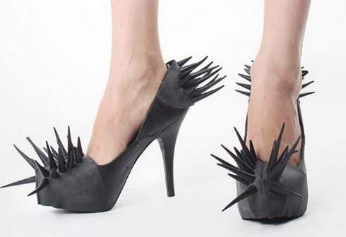 Шипованная обувь от Барбары Гонджини