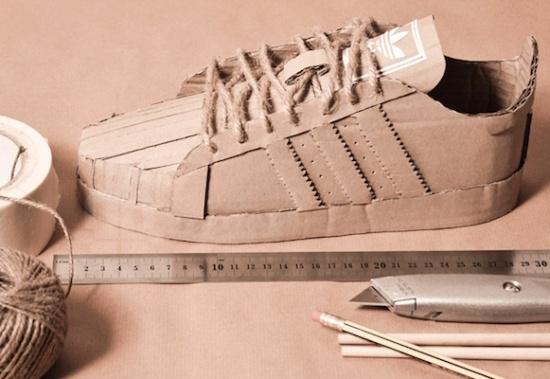 Картонные кроссовки Adidas