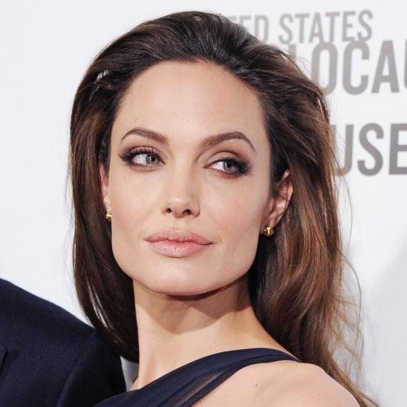 Анджелина Джоли и ее обувь