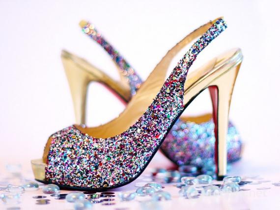 Как сделать блестящие туфли самостоятельно
