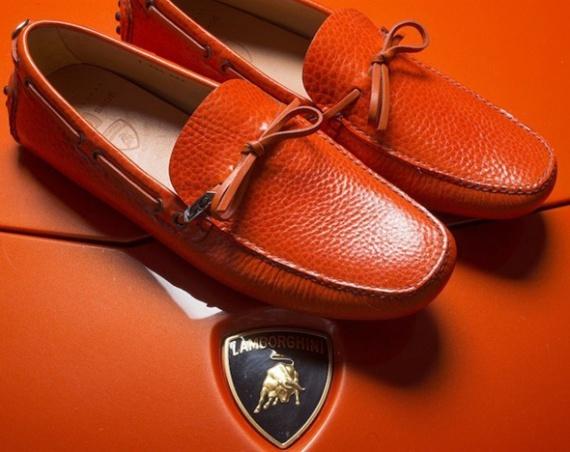 Мокасины от Lamborghini: Правильная обувь для управления спорткаром