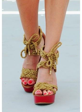 Морские узлы: босоножки из шнуров