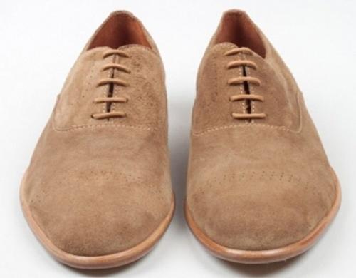 пятна на обуви