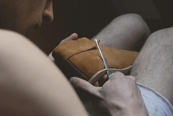 прошить обувь