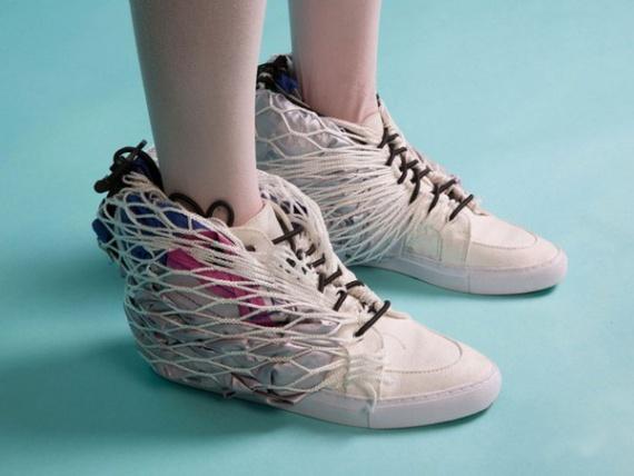 «Моё жильё – мои кроссовки»: идеальная обувь для бездомных