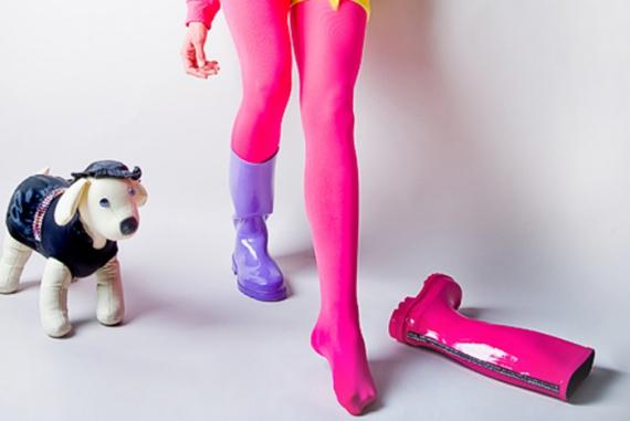 Резиновые сапоги: как и с чем их носить?