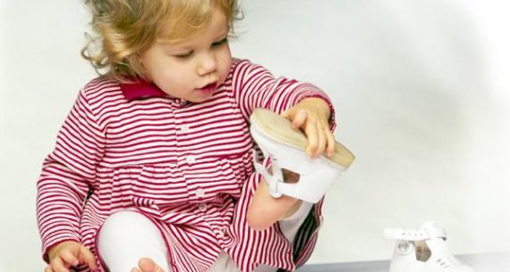 Кожаная детская обувь и правила ухода за ней