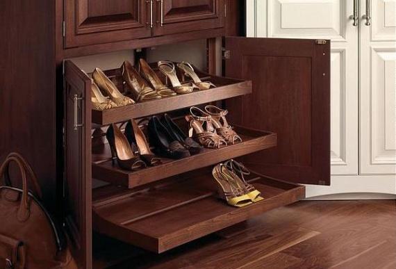 Ящики для обуви в прихожей