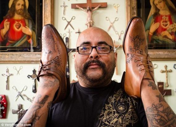 тату на обуви